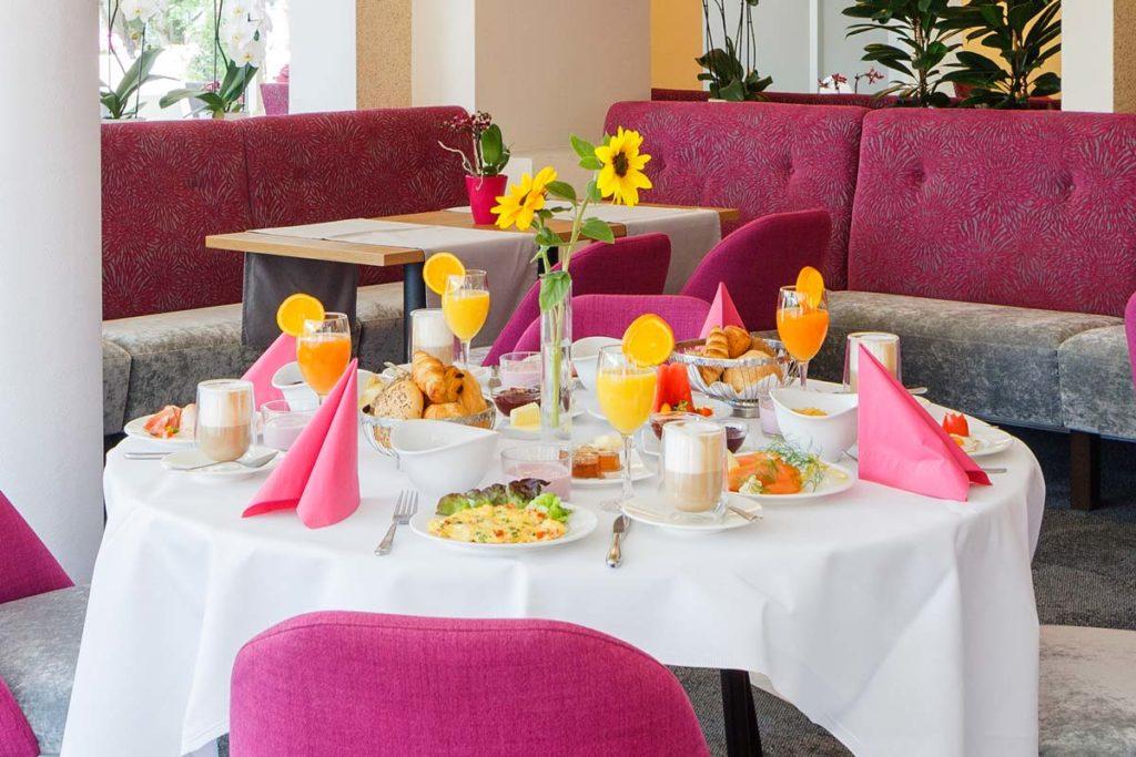 Eden Restaurant & Cafe